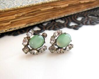 Vintage Sterling Silver Sage Green Moonglow Rhinestone Screw Back Earrings YY22
