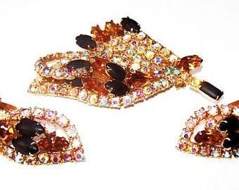 Juliana Brooch Earring Set D E Verified Mink & Black Rhinestones Gold Metal Festive Vintage