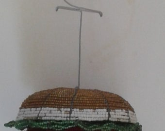 HAMBURGER Beaded - Art from Africa - Hand crafted- Table Decoration - African Art - Restaurant Decor- Name or Menu Wire - Fun Cheeseburger