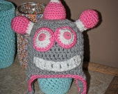 RESERVED FOR MARY.  Robot Hat,Girls,6-12 Months,Crocheted,Gift,Shower,Photo Prop,Pink,Gray,Babies