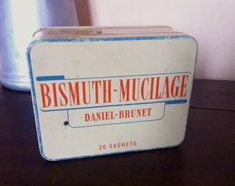 Tin box. Vintage French metal medicine box