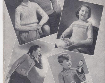 Paton's Knitting Pattern No 402  For Children Boys and Girls (Vintage 1940s) Original Pattern