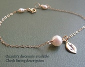 Akoya Pearl Bracelet with Tiny Initial Leaf, Weddings, Bridesmaid Bracelet, Bridesmaid Jewelry Gift, Bridal Party, Flower Girl Jewelry