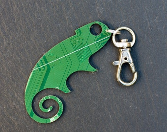 SAMPLE SALE Circuit board lizard zipper charm - Men's, Circuit board tag, keychain, recycled, gift for him, computer nerd gift, gift for man