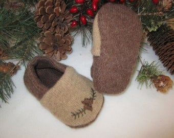 Baby boy's Woodland lambswool slippers tan brown with applique fleece-lined 6 - 9  mos.  RTS