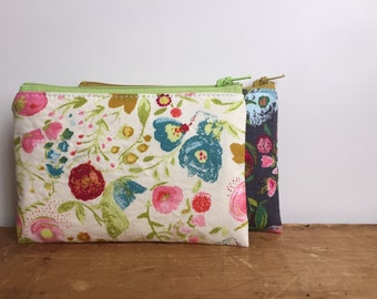 Zipper Coin Purse, Gray and White Floral Pouch, Cute Coin Pouch, Small Zipper Pouch