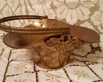 Vintage Brass Grape Basket - Vineyard Wedding Flowergirl Basket - Copper Vineyard Bucket - Brass Flowergirl Basket - Grapevine Grapes Detail