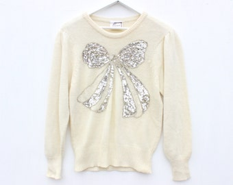 80s SEQUIN BOW Adorable Novelty Print 3D Bejeweled Fitted Cream Sweater