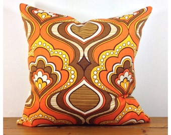 """Pillow Cover  Vintage 70s Orange  Psychedelic Fabric 16"""" x 16"""" VW"""