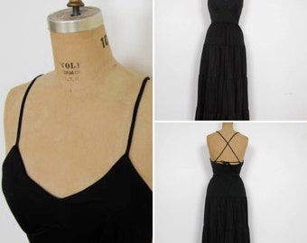 Spaghetti strap tiered halter maxi dress