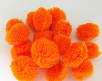 Orange Medium Pom Poms 25 - Colors Craft Supply Pompoms - Hanging Pom Poms - Party Pom Poms - Yarn Pompoms Handmade Mini Pom Poms