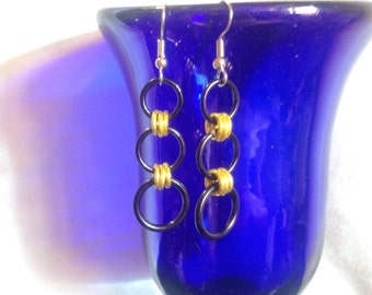 Black and yellow 3 ring earrings