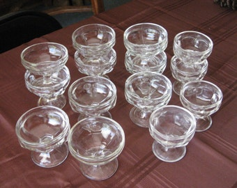 Lot of 14 Vintage Clear Glass Pedistal Dessert Dishes, Sherbet Dishes, Pudding Cups