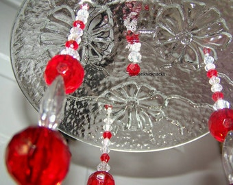 Circles of red flowers sun catcher / wind chime
