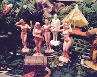 Tiki Party Girls On Danger Island Playset