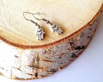 Hamsa Hand pendant Earrings. Silver pendant earrings. Fatima Hand earrings. Linnepin010
