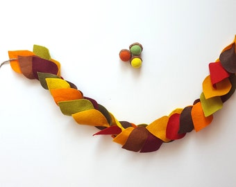 Felt Fall Garland, Autumn Garland, Mantel Garland, Fall Leaf Garland, Fall home Decor, Halloween Decor, Orange leaves fall wedding