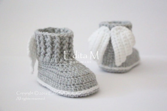 Crochet baby booties uni baby shoes boots angel wings