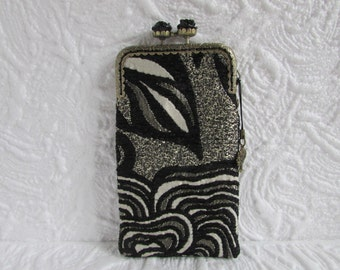 131A - iPhone 6 Case Fabric, iPod Touch Case, Cell Phone Case, Samsung Galaxy Case, cover handmade