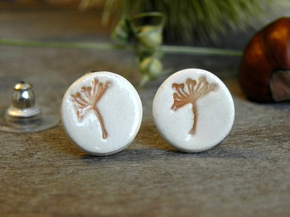 Ceramic Flower Earrings Dandelion Porcelain Ginger and White Floral Studs Natural Every Day Jewelry Dangle Earrings