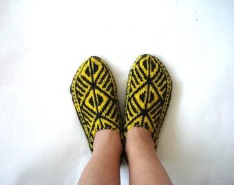 womens slippers, Yellow and Black Turkish Socks, knitted womens Slippers, hand knit socks gift for women mothers day grandma sister gifts