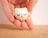 Hedwig, white owl keychain, Cute owl keychain, owl decor, harry potter keychain, Made to order