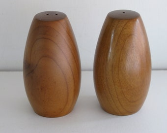 ACACIA Wood Salt and Pepper Set/Wood Salt and Pepper Shakers/Vintage Salt and Pepper Shakers/Dining & Serving/Salt Shaker Set/Kitchenware
