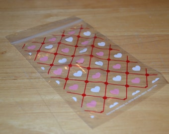 40 Heart Treat Bags/Heart Favor Bags/Cello Treat Bags/Heart Zip Seal Bags/Favor Bags/Zip Seal Bags/Party Bags/Treat Bags