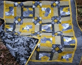 Quilt - Lap Quilt - Sofa Quilt - Winter Sun - Gray and Yellow Quilt