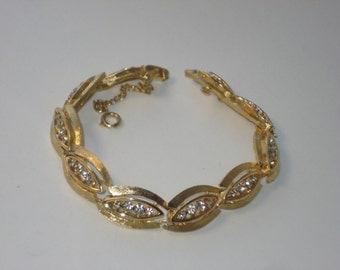 Gold Tone Link Rhinestone Bracelet - Diamante Christmas -  Vintage Retro Costume Jewelry 1980's