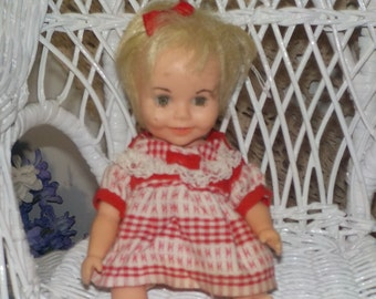 Vintage Dolls, Dolls, Toys, Vintage Toys, Deluxe Reading Doll 7 1/2 In Tall Suzy Cute :)S