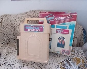 Kenner Glamour Girl Show Place 1981 /Not Included In Coupon Discount Sale :)S