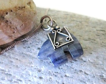 SALE Native American Fetish Bear, Sterling Silver and Sodalite, Healing Crystal