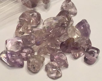 40 purple color glass beads / chips (G3)