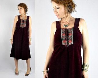 Velvet Dress Vintage 60s Burgundy Velvet & Floral Appliqué Corset Sleeveless Mod Boho Hippie Folk Festival Festive size S - M