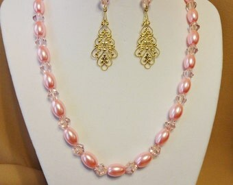 Free Shipping - Pink Glass and Pearl Necklace and Earring Set