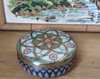 Vintage MEISTER Tin with Lovely Art Deco Design, Rustic, Shabby Tin