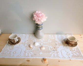 Filet Crochet white floral doily Handmade Tablecloth,  Wall hanging panel, white curtain, Living room decor, wedding table decor