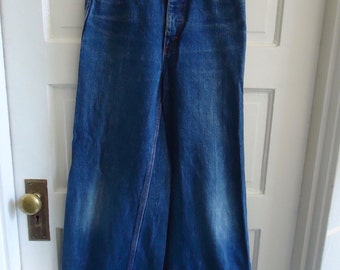 "Vintage 70s BELLBOTTOM Buckleback Denim Jeans sz 26"" waist"