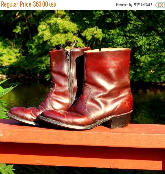 Mens Ankle Boots 1970s Vintage Western Gamblers Mens Shoes 7.5 Burgundy Red Leather American Beatle Boots Johnny Cash Union Made in the USA