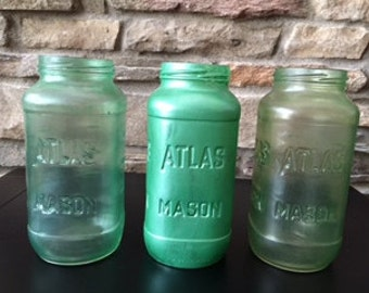 Green Painted Mason Jar Vase, Baby Shower Mason Jars, Nursery Decor, Home Decor, Office Decor, Bathroom Decor, Hand Painted Mason Jar