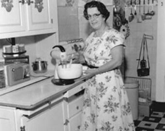 """snapshot photo Grandmas kitchen 4 by 6"""" 1940s"""