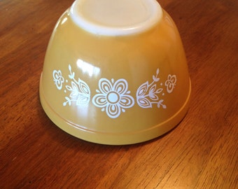 Vintage Pyrex Butterfly Gold 401 Small Bowl
