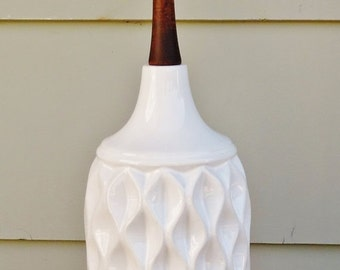 ON SALE Vintage, Danish Modern, White Ceramic, Table Lamp, Mid Century Modern, Wood, Brass, Lamp, Lighting