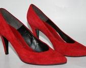 Caressa Vintage Red Suede Stiletto Heels Pumps - Shoes Size 5 1/2M