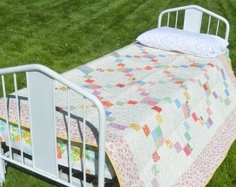 Vintage Style Irish Chain Quilt with Reproduction Feedsack Fabrics
