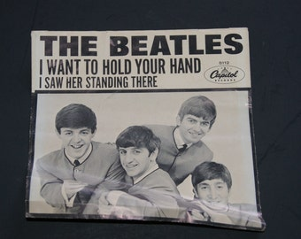 Vintage 1960s The Beatles I Want To Hold Your Hand 45 RPM Capitol Records Picture Sleeve Record Sleeve