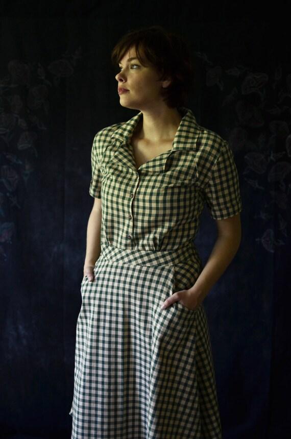 1930s Style Fashion Dresses 1930s Dress / Vintage Dress / Retro Dress / New Vintage Dress / Handmade Vintage Dress / Shirt Dress / Gingham Dress / Depression Era Dress  AT vintagedancer.com