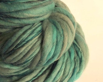 Chunky yarn,Thick and Thin yarn, faded turquoise, blue / green , knitting yarn, chunky merino knitting wool, big knitting wool