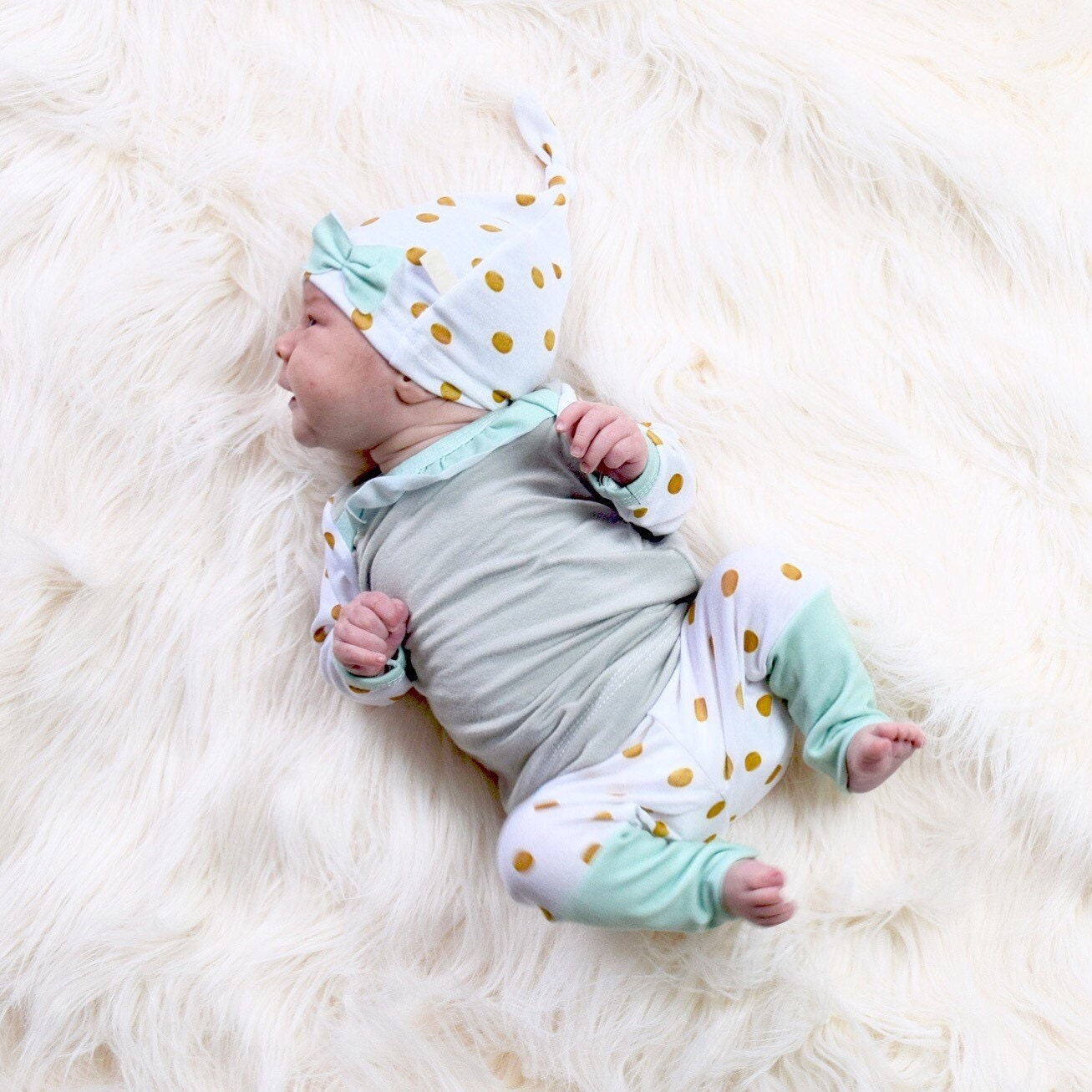 Shop for baby clothing, shoes and accessories at hitseparatingfiletransfer.tk Find everything you need for the baby girl or bay boy in your life.
